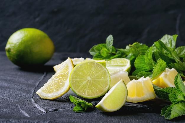 Limão e limão com hortelã