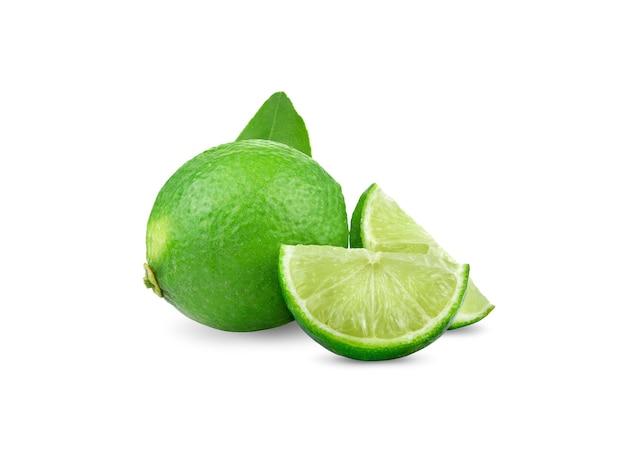 Limão isolado no branco