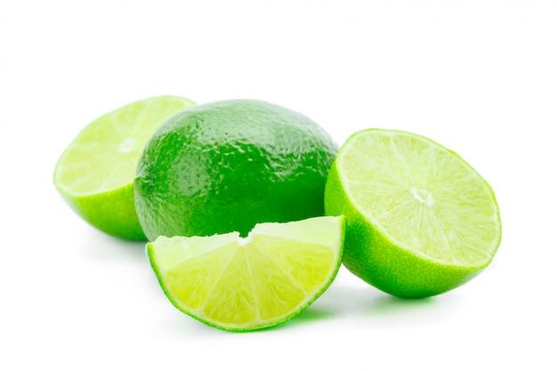 Limão verde fresco