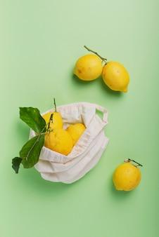 Limões biológicos com licença verde