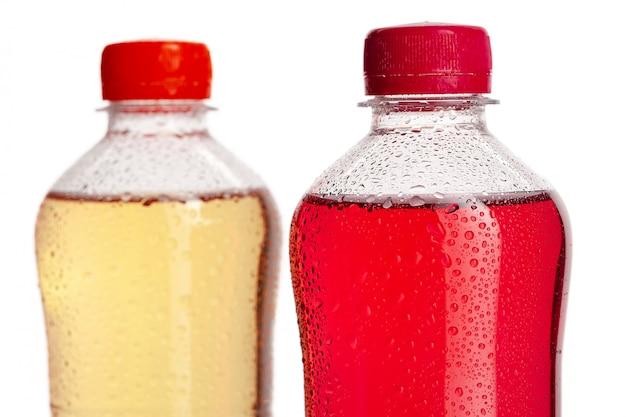 Limonada de baga em garrafas