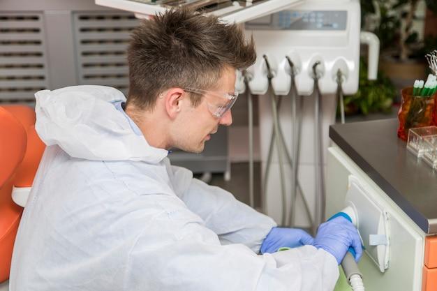 Limpeza de consultório odontológico
