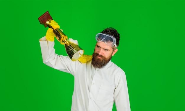 Limpeza limpeza produtos de limpeza trabalho doméstico homem de serviço de limpeza profissional