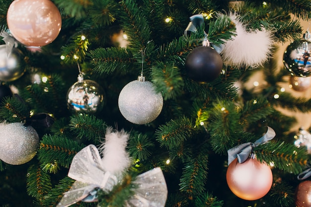 Linda árvore de natal decorada