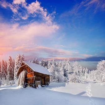 Linda casa de madeira