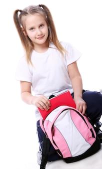 Linda garota com mochila