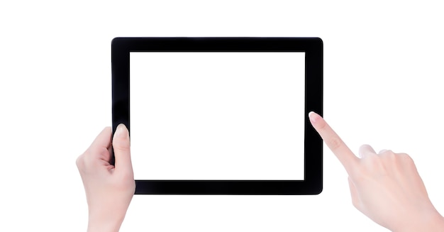 Linda jovem segurando um modelo de tablet pc preto com tela branca isolada no fundo branco, close-up, simulação, traçado de recorte, corte
