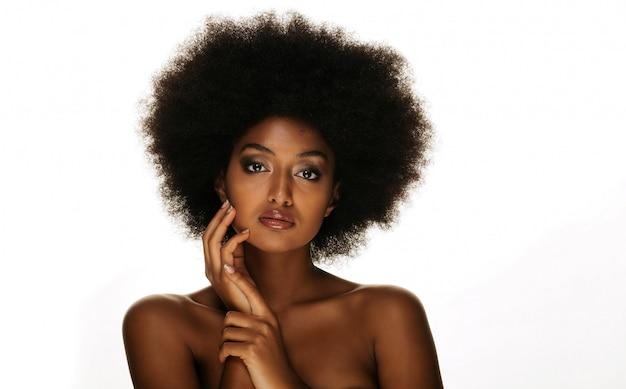 Linda mulher afro