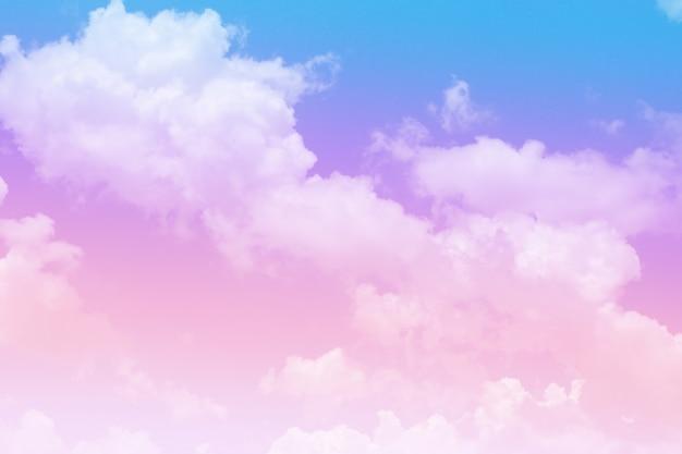 Linda nuvem colorida e céu abstrato