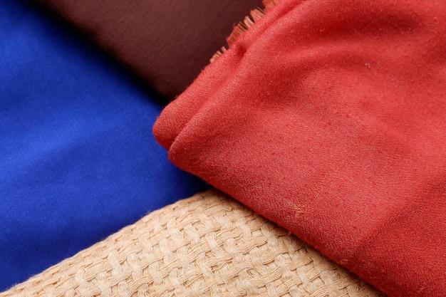 Linda textura de fundo de tecido hijab, close-up de roupas femininas muçulmanas, espaço para fotos de café