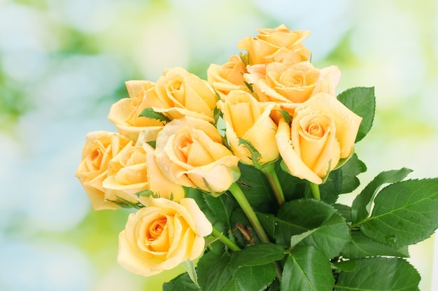 Lindo buquê de rosas amarelas