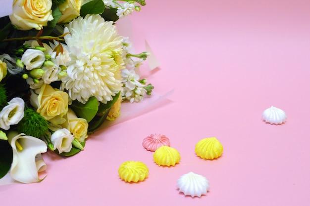 Lindo cartão de flores. fundo flor