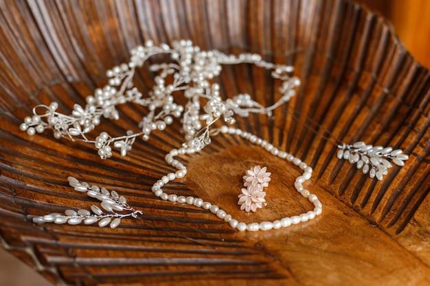 Lindo conjunto de pérolas de casamento, acessórios femininos, colar, grampos de cabelo, brincos