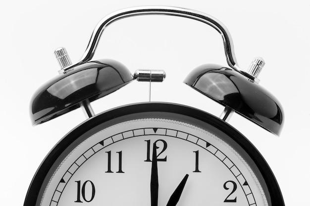 Lindo despertador preto e branco