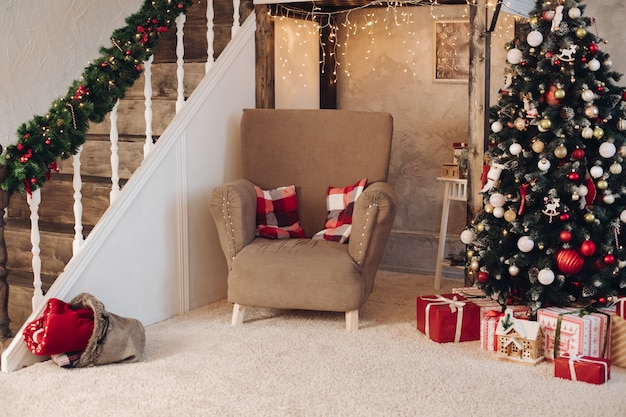 Lindo quarto decorado no conceito de ano novo de natal