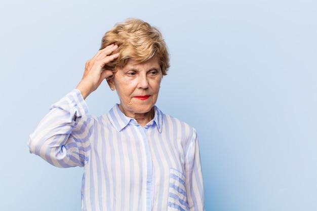 Lindo retrato de mulher idosa
