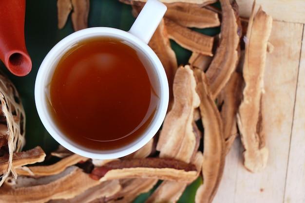 Lingzhi mushroom tea