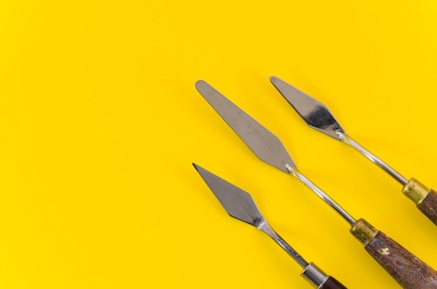 Linha de faca de paleta de vista superior