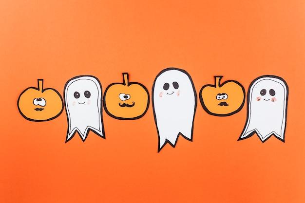 Linha de fantasmas e abóboras
