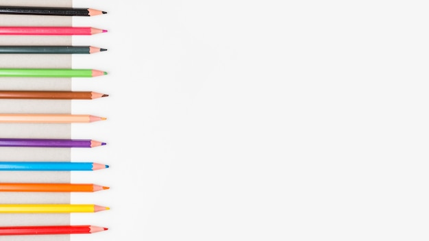 Linha, de, lápis coloridos