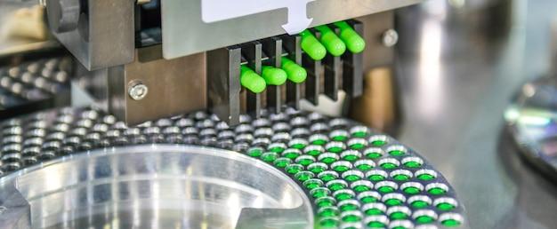 Linha de produção de comprimido de medicamento em cápsula verde industrial