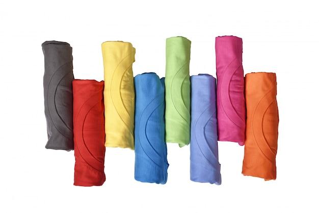 Linha de roupas coloridas