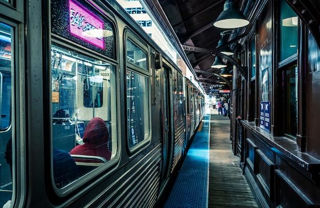 Linha de trem em chicago