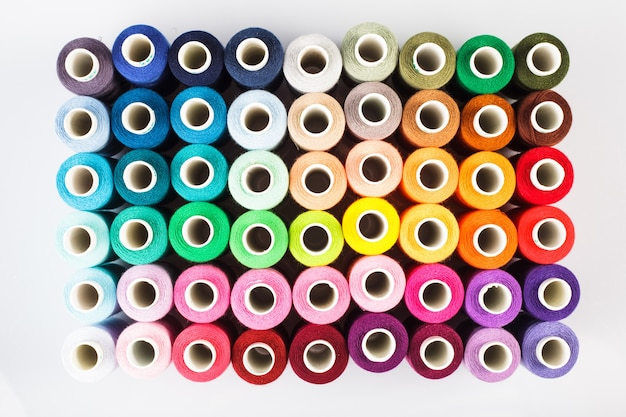 Linhas de costura como um plano de fundo multicolorido