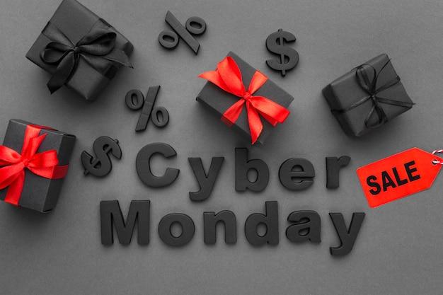 Liquidação de cyber segunda feira com caixas de presente