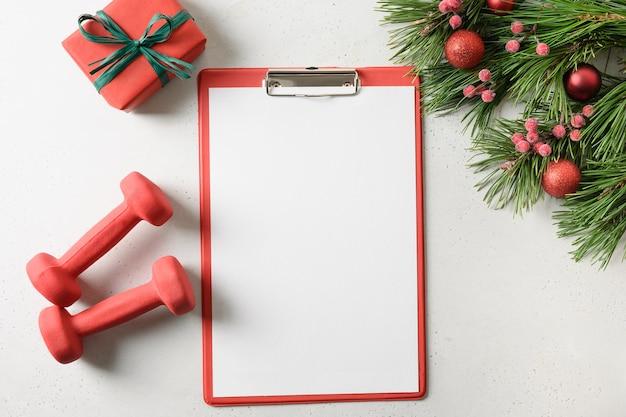 Lista de verificação e decorações vazias de natal