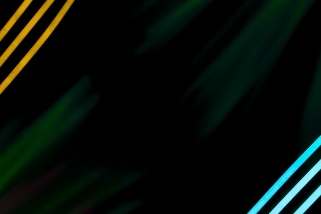 Listras de néon no canto de fundo escuro