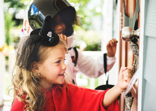 Little kids truque ou tratamento
