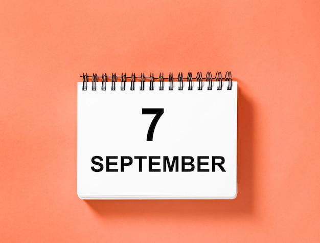 Livro de calendário para a data. 7 de setembro