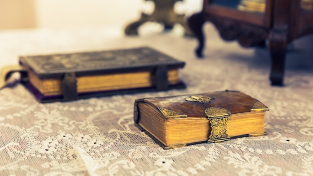 Livros antigos em museu