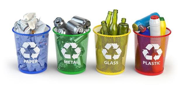 Lixeiras coloridas para reciclar papel, plástico, vidro e metal