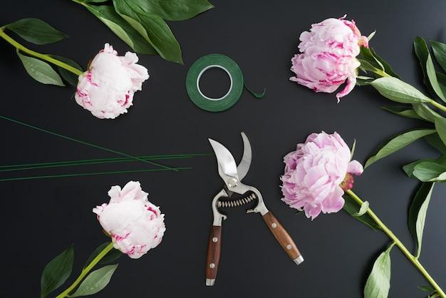 Local de trabalho e acessórios de florista