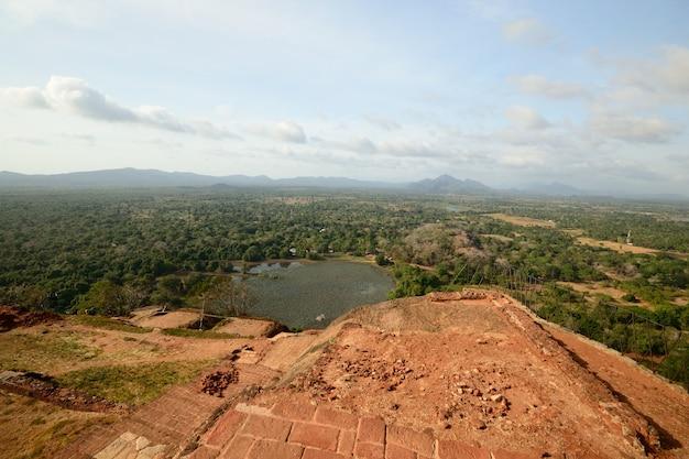 Local histórico de sigiriya rock e destino de viagem, sri lanka
