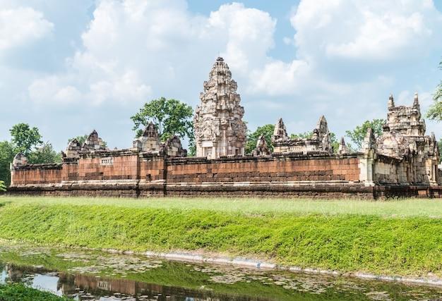 Local histórico na tailândia, nome: prasat sadok kok thom