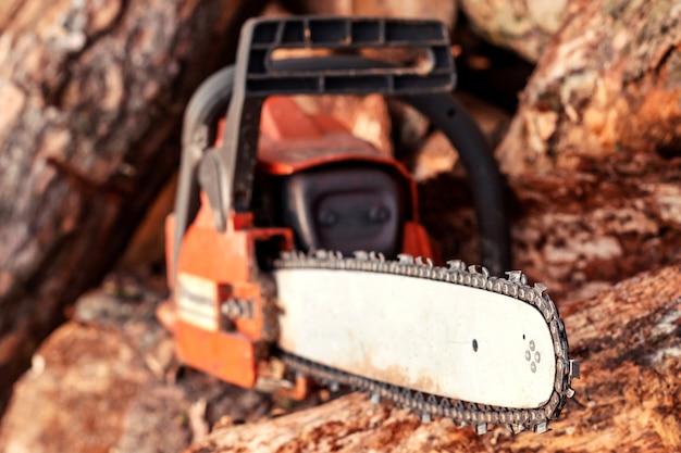 Log de corte profissional de lâmina de serra elétrica