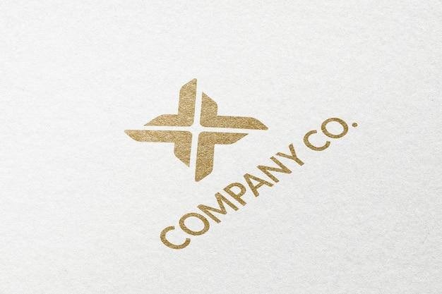 Logotipo da empresa company co. em relevo dourado