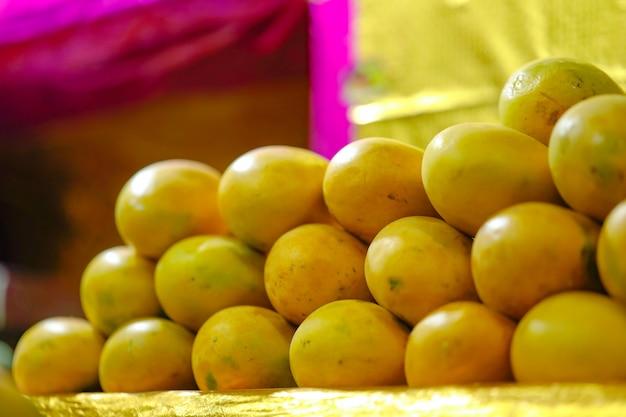 Loja de frutas de manga