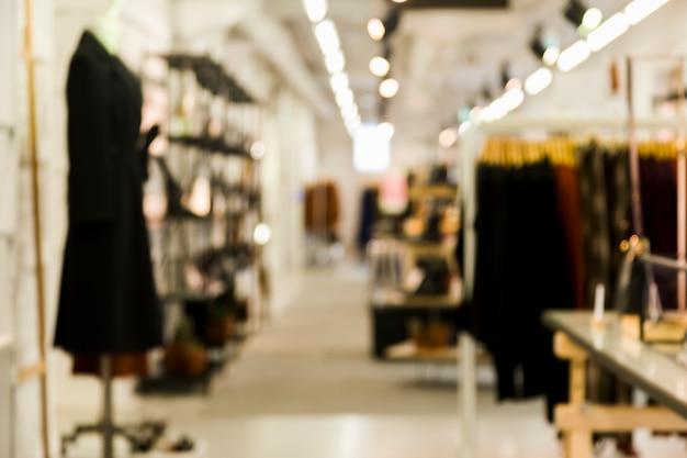 Loja de roupas com efeito borrado