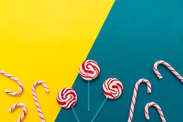 Lollipops e bastões de doces