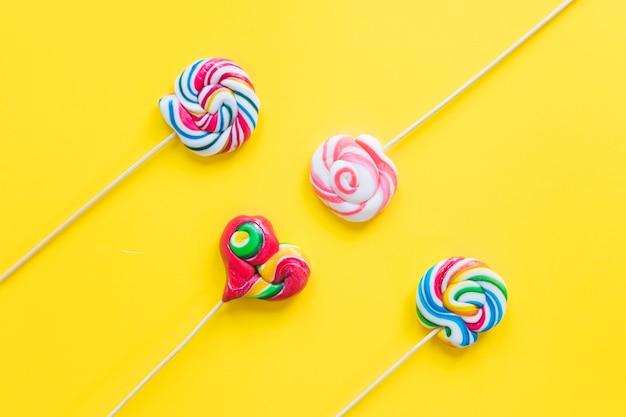 Lollipops espirais coloridos