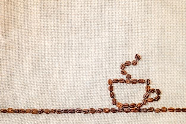 Lona e grãos de café fazendo um empate