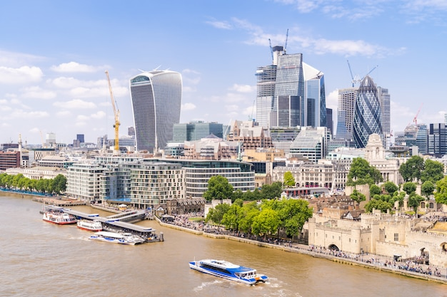 Londres, no centro da cidade com o rio tamisa