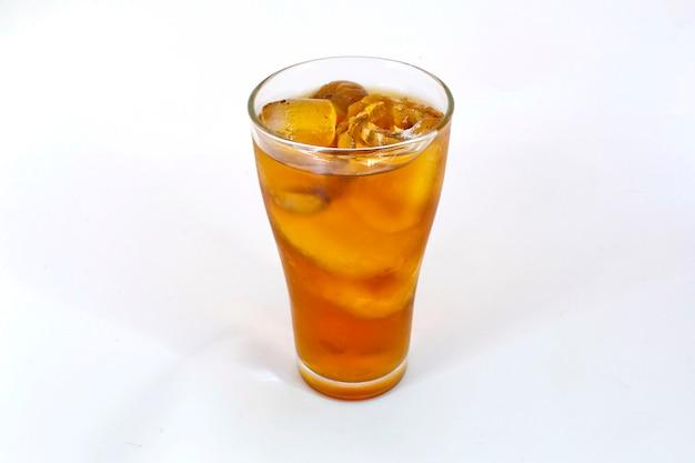 Longan suco de água fria isolado