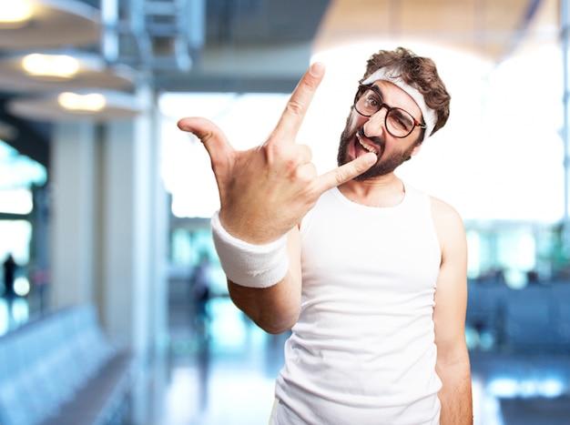Louco homem dos esportes expressão de raiva