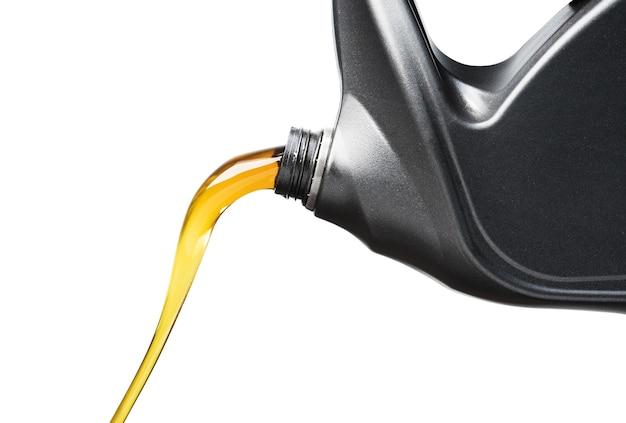Lubrificante de óleo derramando carro de garrafa cinza