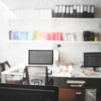 Lugar de trabalho de conceito de interior de escritório de trabalho